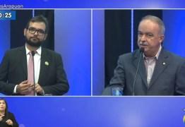 'Eu sou o único candidato aqui claramente antibolsonarista', diz Olímpio Rocha ao questionar sobre assinatura do Fórum Pró-Campina