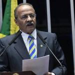 Chico Rodrigues - Senador do dinheiro na cueca se licencia e STF tira afastamento de pauta