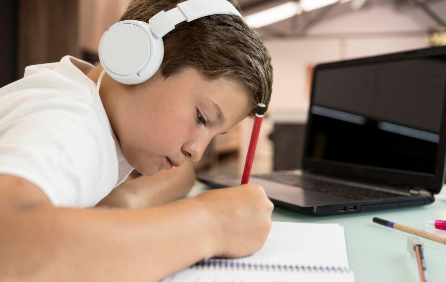 FOTO 5 1 - Conselho Nacional de Educação autoriza aulas remotas até dezembro de 2021