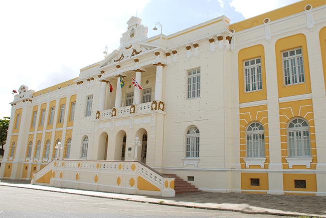 F tjpb - TJPB suspende lei de JP que proíbe descontos de empréstimos consignados