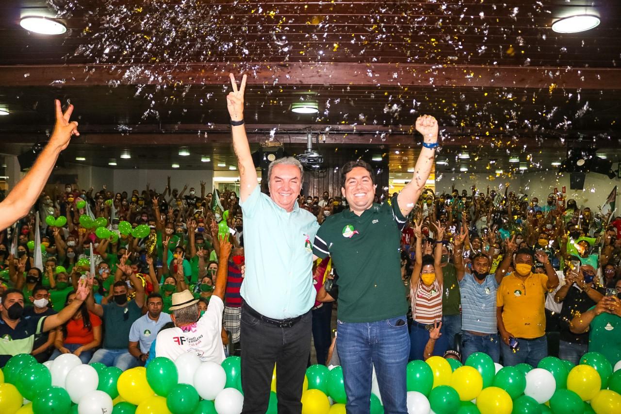 Felipe e Mikika - Felipe Leitão promove grande evento para seu pai, Mikika Leitão, candidato a vereador na Capital