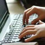 Inscrição computador - Eleições 2020: termo 'Saúde' é o tema político mais procurado no Google