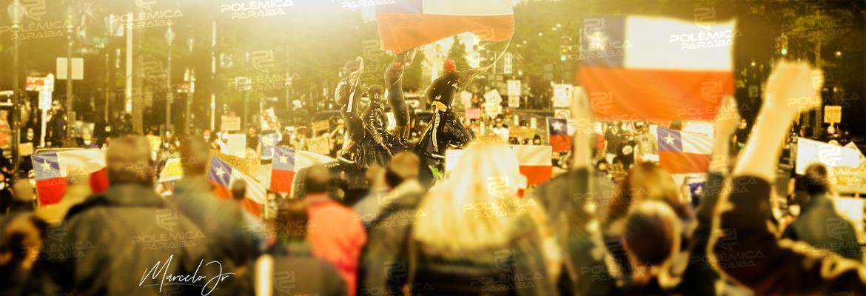 """Matéria Chile - """"PELA RAZÃO OU À FORÇA"""": entenda o que deve mudar e como a nova Constituição Chilena simboliza avanços na América Latina"""