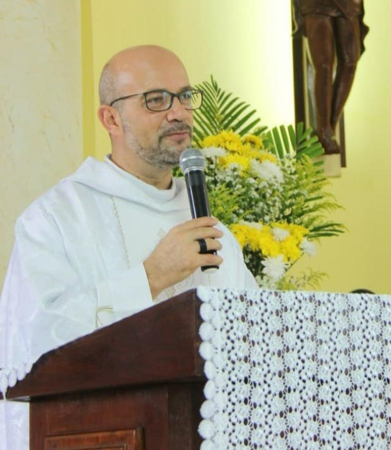 PADRE DESAPARECIDO - CONTINUA DESAPARECIDO: Padre foi chamado para 'rezar por um corpo' em João Pessoa