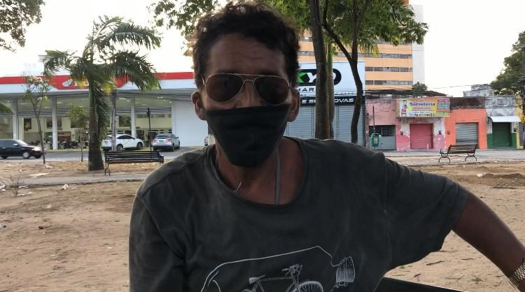 WhatsApp Image 2020 10 04 at 00.55.05 e1601788033717 - INVISÍVEIS: Conheça a vida de quem sobrevive pedindo nas ruas de João Pessoa