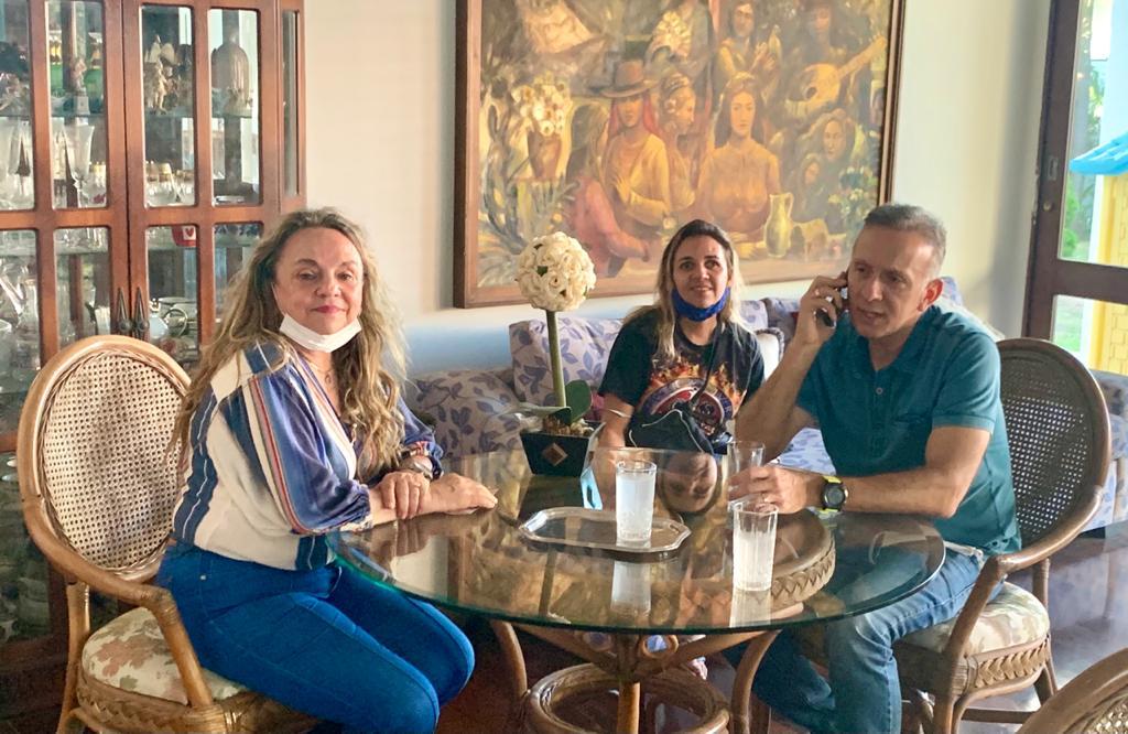 WhatsApp Image 2020 10 17 at 18.18.48 - Doutora Paula se reúne com Aguinaldo Ribeiro e discute presença do Progressistas nas eleições em municípios da região de Cajazeiras