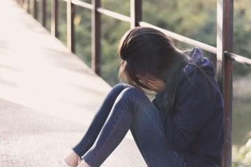 """adolescente suicidio - """"Quando entrar Setembro"""" - O amarelo como a cor definitiva para o alerta contra a depressão e o suicídio - Por Francisco Airton"""