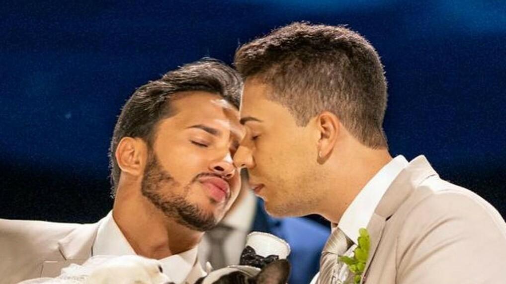 carlinhosmaia1 - HOMOFOBIA INTERNALIZADA: marido de Carlinhos Maia, Lucas Guimarães, diz que ser gay não é correto : VEJA VÍDEO