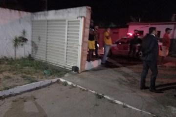 casa de candidato em remigio - Candidato a prefeito tem casa invadida e família é ameaçada de morte, na Paraíba