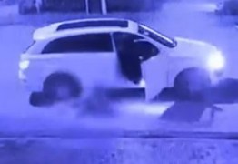 Homem é flagrado arrastando esposa na rua e é denunciado por testemunhas