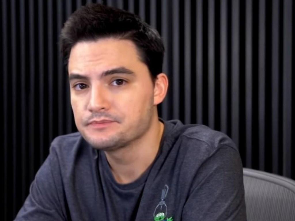 felipe neto 1024x768 - Felipe Neto fala em 'inevitável falência' do Botafogo