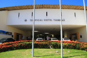 Comprador que deu lance menor aguarda parecer judicial para arrematar Hotel Tambaú