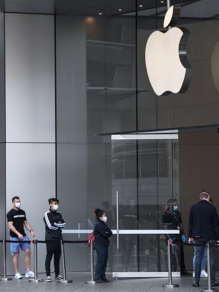 loja da apple em sydney 1588877553262 v2 450x600 - Apple segue como empresa mais valiosa do mundo; Amazon cresce 60%