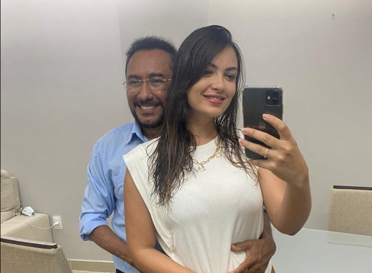 samuka e1601940565588 - 'Tempo para o verdadeiro amor chegou': conheça a morena que conquistou o coração do apresentador Samuka Duarte