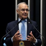 senadoraroldedeoliveira - Vítima de Covid-19: Morre senador Arolde de Oliveira