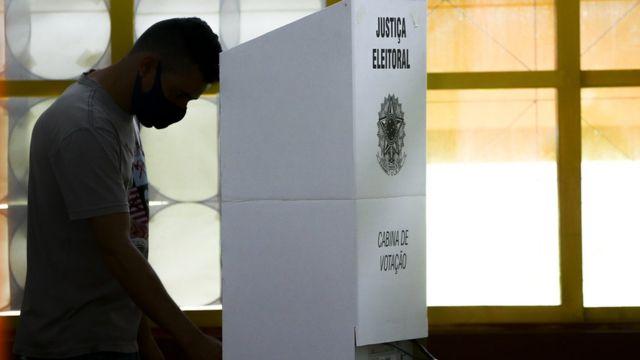 115512397 15 11 2020 eleicoes 13 1 - Confira as as regras e cuidados para o 2º turno das eleições municipais 2020
