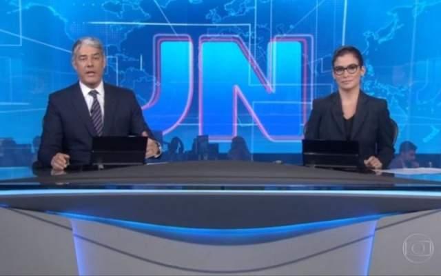 286220 IMAGEM NOTICIA 0 - Defesa de Flávio Bolsonaro protocola notícia-crime contra William Bonner e Renata Vasconcellos