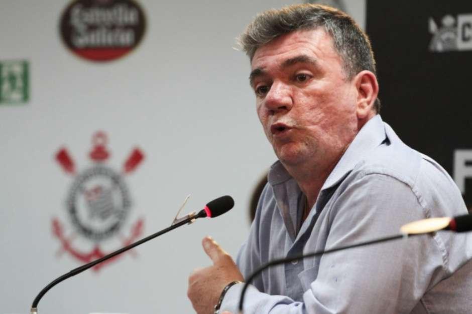 5d7bba8478ec3 - Andrés anuncia afastamento da presidência do Corinthians