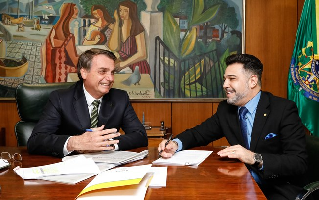 6ajivizd5teijmjkkj9jj87xi 1 - Marco Feliciano diz que Mourão é 'conspirador' e quer tomar lugar de Bolsonaro
