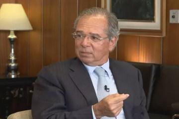 Paulo Guedes nega atrito com presidente do BC e cobra 'apoio fiscal'