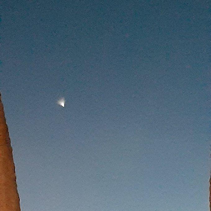 Foguete - Luz brilhante no céu que assustou pessoas em vários estados nordestinos é de foguete chinês - VEJA VÍDEO
