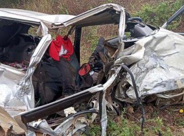 IMAGEM NOTICIA 5 - PERIGO NA ESTRADA: Deputado federal fica ferido em acidente que matou duas pessoas