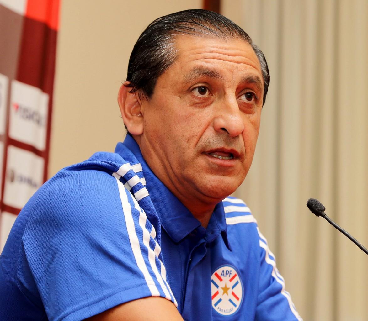 Ramón Díaz 25383125054 2 cropped - Sem sequer estrear, técnico argentino Ramón Díaz é demitido do Botafogo