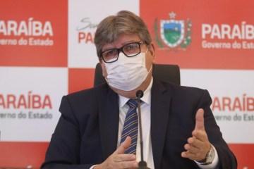 João Azevêdo anuncia folhas de pagamento no valor de R$ 1 bilhão e 300 mi; valor deve impulsionar economia