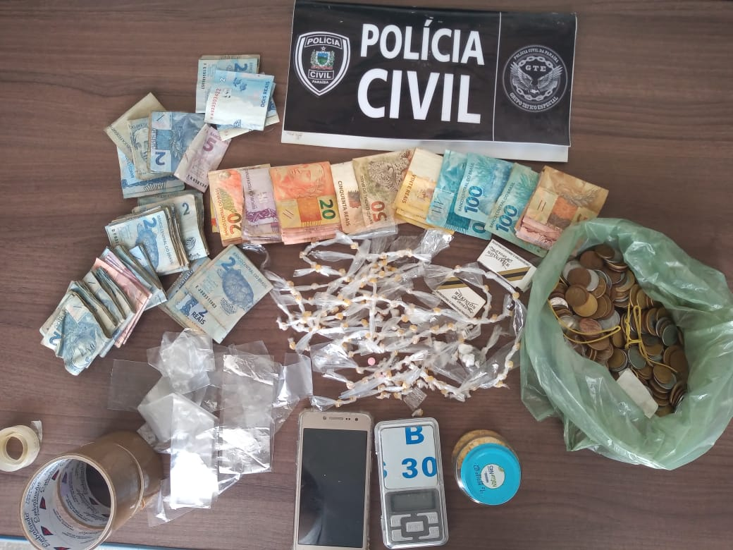 cajazeiras - Polícia Civil prende homem em flagrante e desarticula ponto de venda de drogas