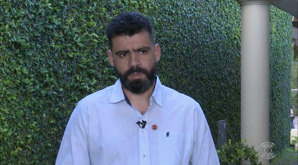 camilo duarte - Eleições 2020: Camilo Duarte defende jornada de trabalho com 35 horas semanais e estatização do transporte público