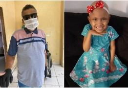Filha doa dinheiro de 'vaquinha' de pai que morreu com câncer para criança com a doença