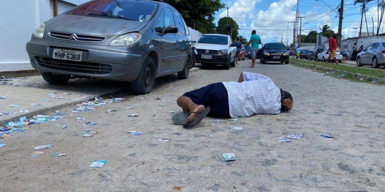 d72ffcac 3394 48dc 8bb3 54a98f11e4b5 750x375 1 - Sem máscara, homem tenta fazer tumulto em seção eleitoral no Bairro das Indústrias
