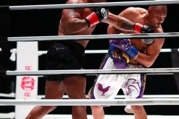 Tyson surpreende com ótima forma, mas duelo com Roy Jones termina empatado