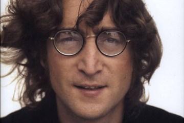 lennon - Álbum que John Lennon autografou para seu assassino será leiloado