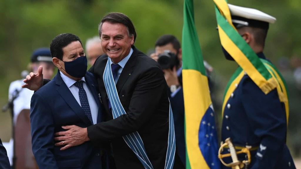 naom 5faa7919eadf7 1024x576 - Bolsonaro diz que não tratou de assuntos relacionados aos EUA com Mourão