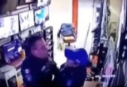 Policiais são expulsos após serem flagrados fazendo sexo em hospital; VEJA VÍDEO
