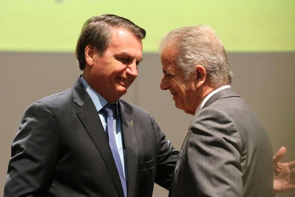 """201911281147506526 - Bolsonaro 'convida' José Múcio Monteiro para o governo: """"Gosto muito de Vossa Excelência"""""""