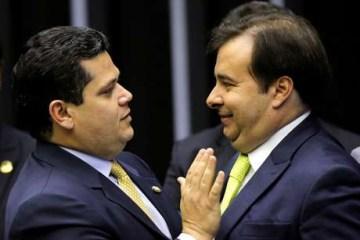 2020 11 25T202625Z 1 LYNXMPEGAO1NO RTROPTP 4 BRAZIL POLITICS - Reeleição de Maia e Alcolumbre tem apoio de quatro ministros do STF
