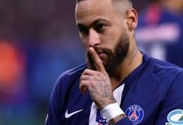 """Após ficar de fora do top 3 da Fifa, Neymar brinca: """"Partiu basquete"""""""