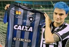 Felipe Neto dispara após nova derrota do Botafogo: 'Falta vergonha na cara'