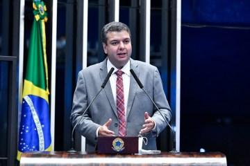 """Daniella Ribeiro elogia desempenho de Diego Tavares no Senado: """"tem sido primoroso"""""""