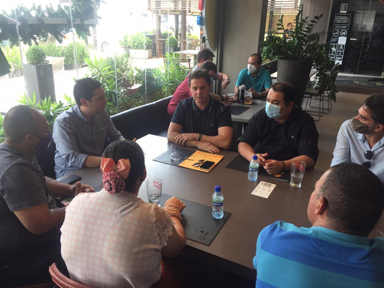 WhatsApp Image 2020 12 03 at 20.25.15 - Deputado Felipe Leitão reúne senador Veneziano e prefeitos de sua base para tratar de investimentos nos municípios