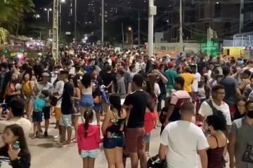 aglomeracao orla - IBGE: Paraíba registra aumento de 167% no número de pessoas que não respeitam o isolamento social - VEJA NÚMEROS