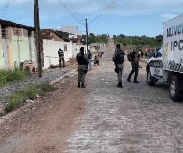 crime - Na Paraíba: Homem vem passar Natal com a mãe e acaba sendo assassinado com mais de 20 tiros