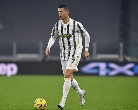 cristiano ronaldo - NOVO TIME?! CR7 pretende encerrar carreira fora do Juventus, diz emissora de TV