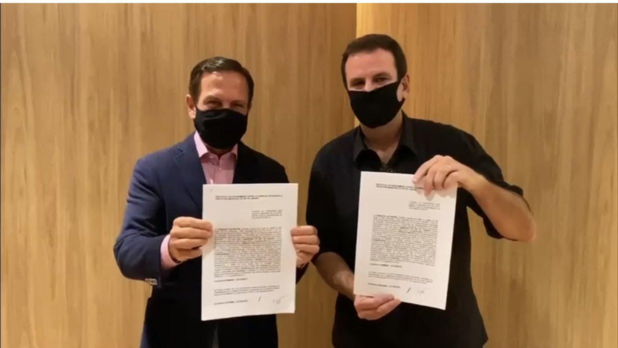 eduardo doria - Eduardo Paes firma acordo com João Doria para a compra de vacina contra covid-19
