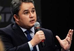 Efraim Filho garante aporte de R$ 2 milhões para pavimentação de Sapé em 2021