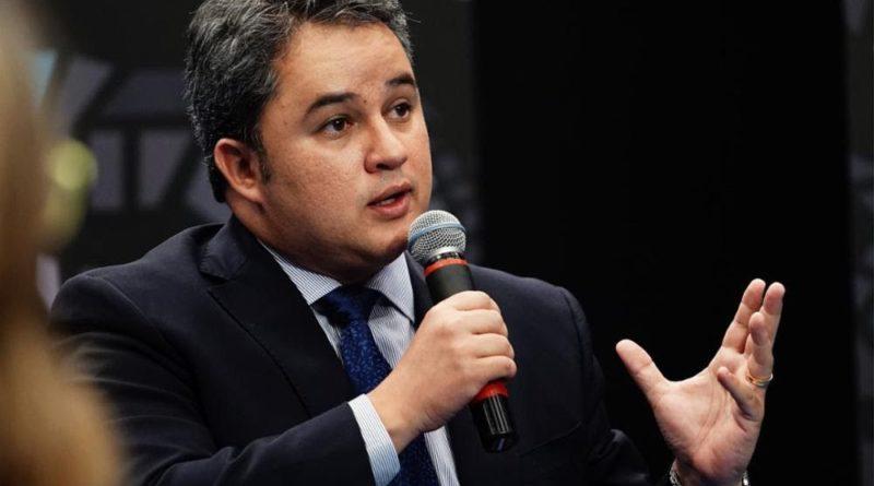 efraim filho 800x445 1 - Efraim avalia que crescimento do DEM em 2020 deve levá-lo à disputas majoritárias na PB e País, em 2022