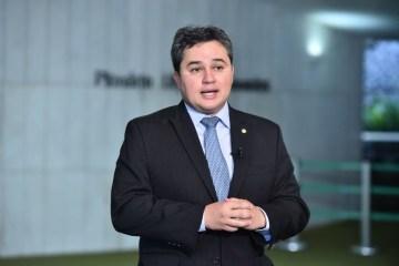 'Nosso trabalho foi positivo': Bancada federal se prepara para escolher novo coordenador e Efraim Filho faz balanço de atuação; OUÇA
