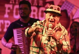 """Quadro de saúde """"bastante delicado"""": cantor Genival Lacerda segue internado na UTI após contrair covid"""